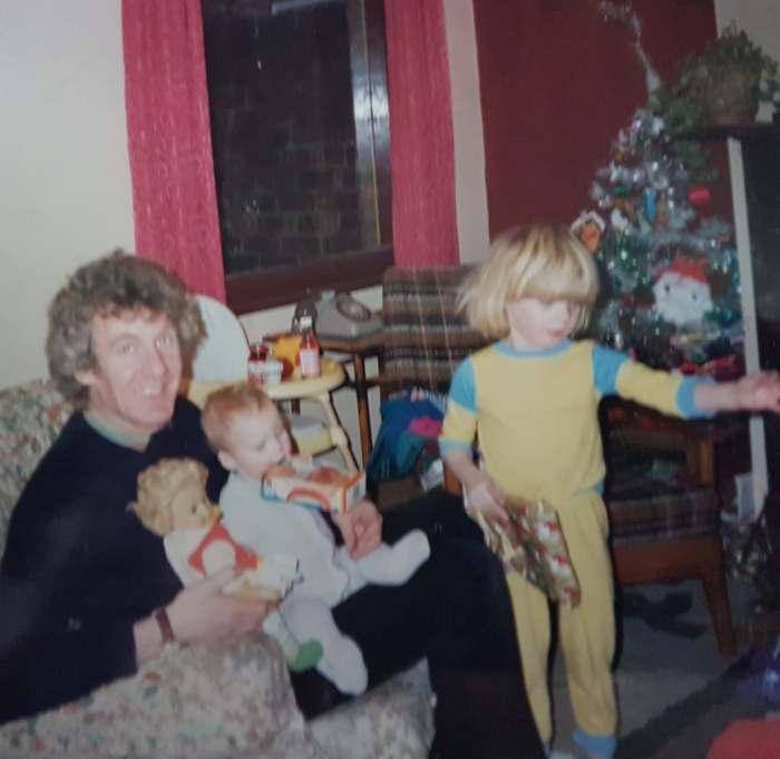 Scarlet childhood christmas